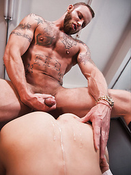 Derek Parker Fucks Comrad Blu and Nigel Banks Bareback