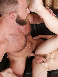 Dakota Wolfe's tight ass is no match for muscled bear Shay Michaels' big dick