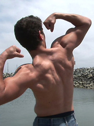 Muscle hunk Branson working out and posing naked