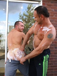 Hunks Thierry Lamasse and Rod Piston fuck