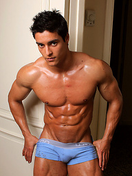 Junior bodybuilder and PowerMen newcummer Cesar Santiago