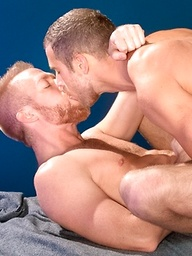 Blond muscle hunks Christopher Daniels and Shawn Wolfe fucking