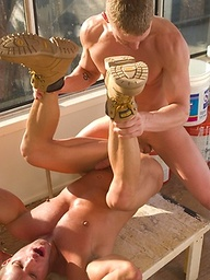 Muscle hunks C.J. Knight and Kevin Armstrong fucking