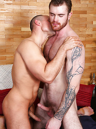 Barton & Caspar RAW