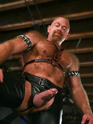 Hairy leather fetish bear Rob Thomas gets in the sex swing to jerk himself off