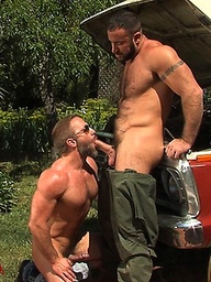 Muscle hottie Spencer Reed and Dirk Caber in oral sex scene