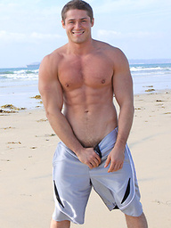 Muscle man Alexander posing