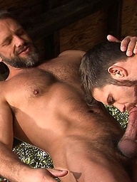 Muscle men Trent Locke and Dirk Caber fucking