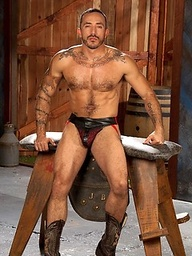 Hot muscle man Alessio Romero naked