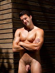 Cute muscle stud posing naked