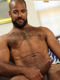 Big muscle man Roman Wright