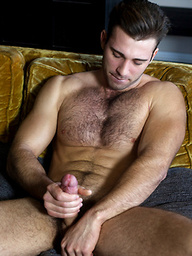 Jarec Wentworth shows us his man meat